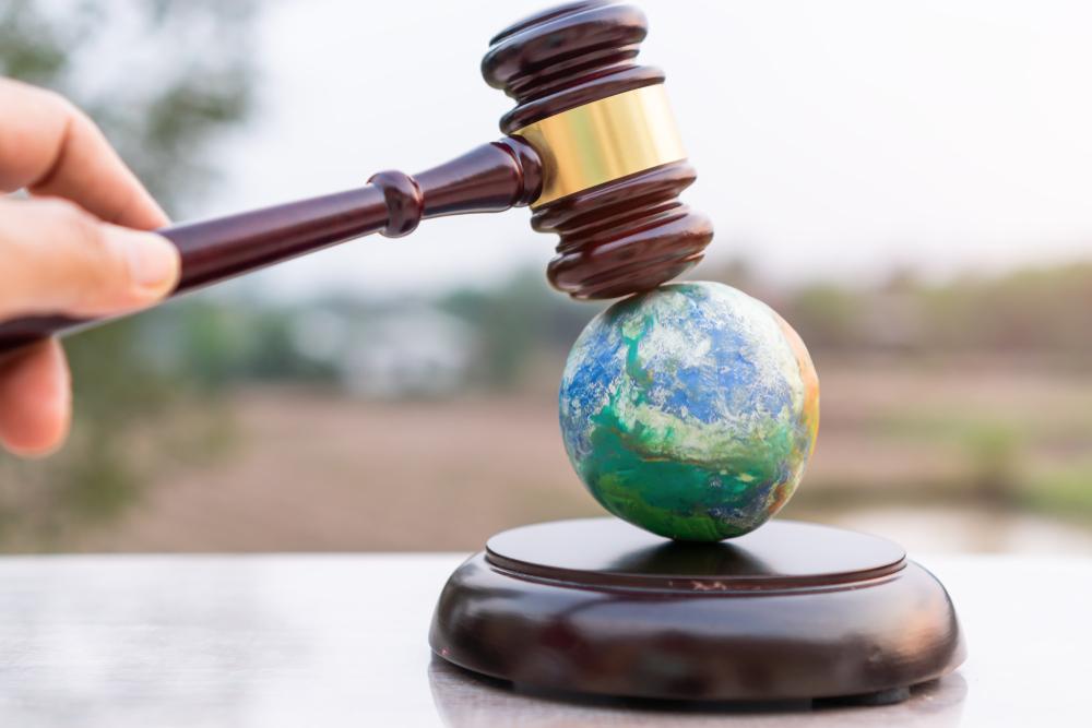 Uluslararası hukuk çöktü mü gerçekten?