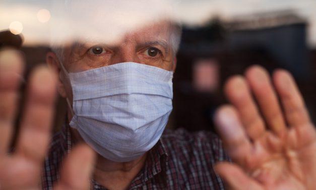 Pandemi yorgunluğu, aşı umudu ve yaşlılar